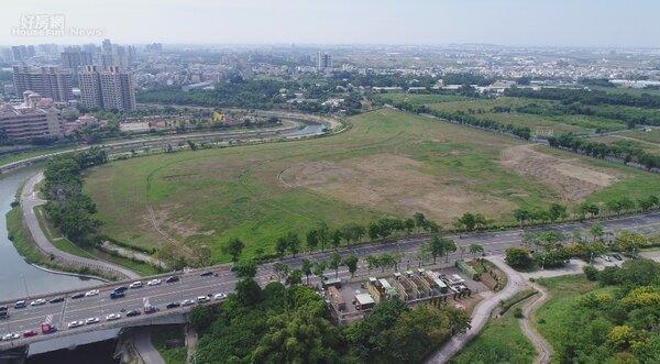 營建署宣布,公開標租高雄新市鎮10.48公頃產專區國有地,希望藉此帶動當地發展。照片營建署提供