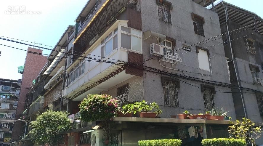 結構技師、台灣建築安全履歷協會理事長戴雲發表示,若屋主擅自將陽台外推,會增加建築倒塌的風險。照片戴雲發提供