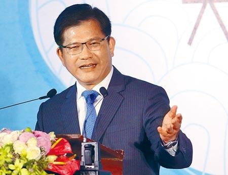 交通部長林佳龍14日指出,遠航必須先解決自己造成的問題,不可能通融放寬標準。記者/范揚光攝影
