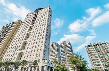 2020年1月1日起新竹縣「調降房屋稅」,預計約有5成7民眾受惠。(羅浚濱攝)