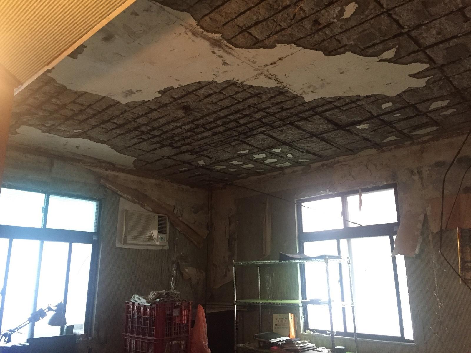 新北蘆洲水湳案建築結構嚴重受損。圖/新北市都更處提供