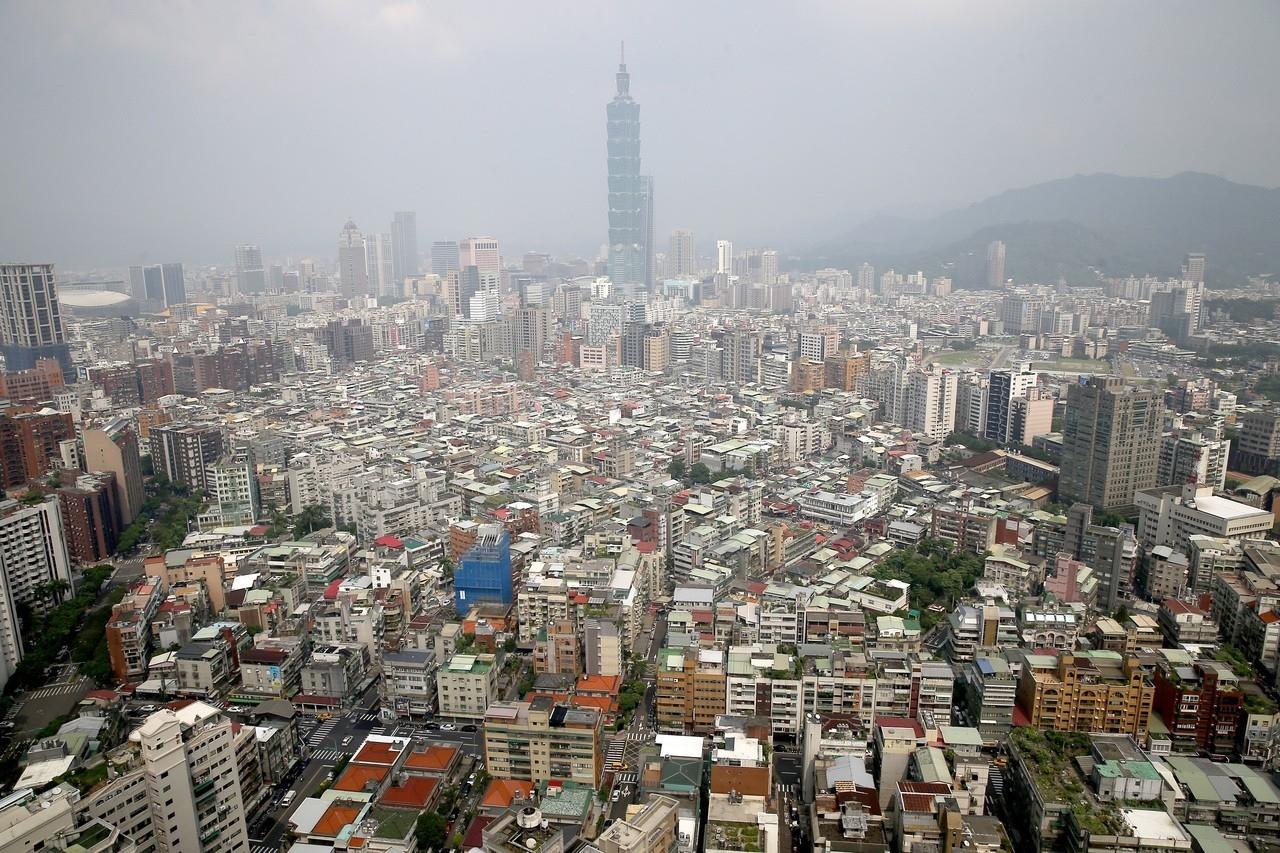 世界銀行(World Bank)今(24)日發布《2020經商環境報告》(Doing Business 2020),我國在全球190個主要國家及經濟體中,經商便利度(Ease of Doing Business, EoDB)排名第15名。 聯合報系資料照/記者高彬原攝影