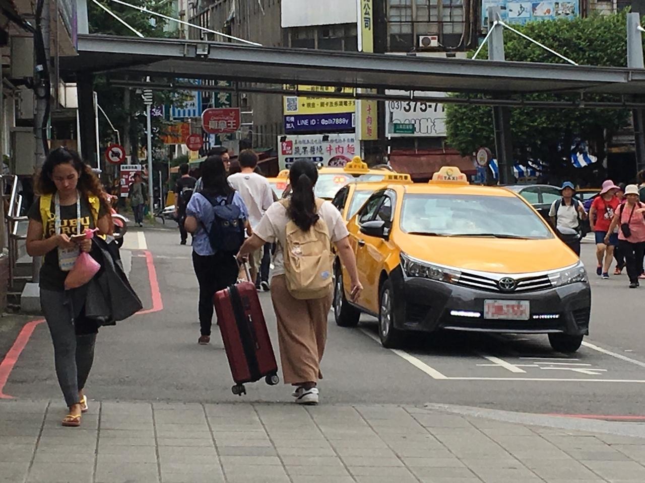 桃園市計程車費率調漲,桃市府交通局已審議通過,12月20日上路。 記者張裕珍/攝影