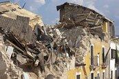 阿爾巴尼亞規模6.4淺層強震 至少140傷1人恐慌跳樓亡