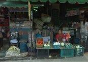 板橋府中利多 髒亂蔬果市場將搬遷
