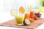 果汁可以完全代替水果嗎? 營養師不建議的理由是…