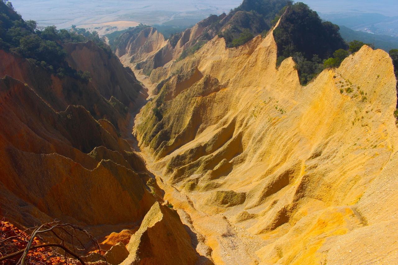 台版大峽谷(苗栗火炎山)。 記者張雅婷/攝影