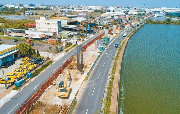 桃園捷運綠線施工,呼籲用路人行經大園區三民路提早改道。圖/捷工局提供