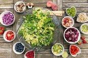 全球吹蔬食風 營養師:健康食物也要適量