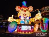 近30座台灣燈會創作花燈落腳 北門保安宮入夜璀璨