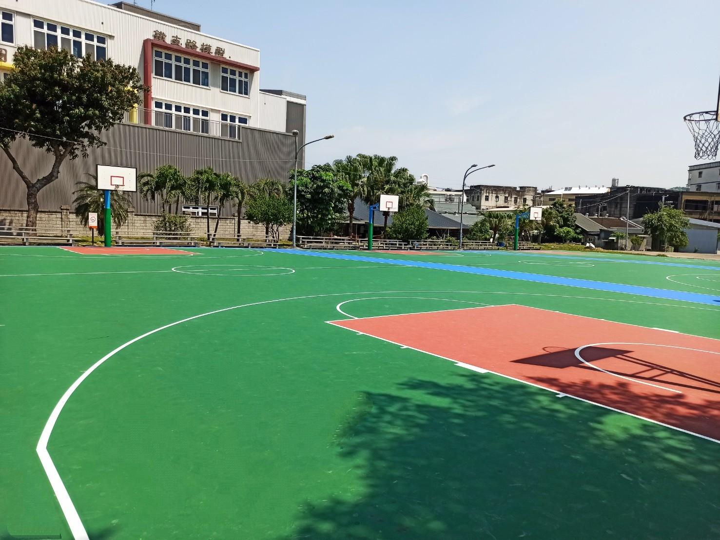 提供球友完善運動場地,永昌正義籃球場進行大改造。圖/新北市鶯歌區公所提供