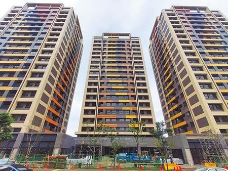 桃園市八德一號社會宅預計7月完工,7月起開放民眾申請,預計9月前抽籤,民眾最快11月就可入住。(賴佑維攝)