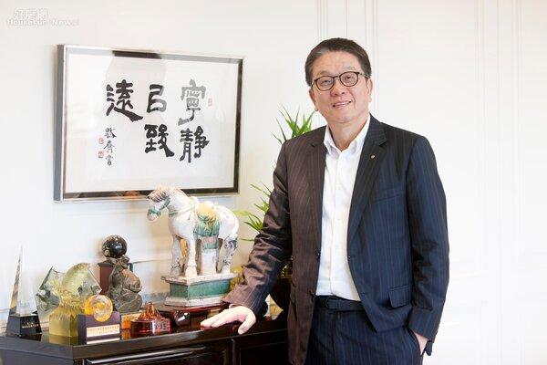 傳真實業董事長王明成。    傳真實業 / 提供