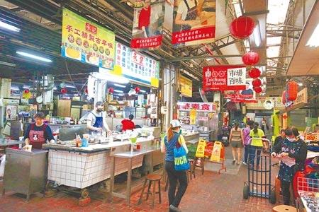 新冠肺炎疫情衝擊台灣經濟,以零售、會展、商圈、夜市及傳統市場等5大內需服務業首當其衝。(陳世宗攝)