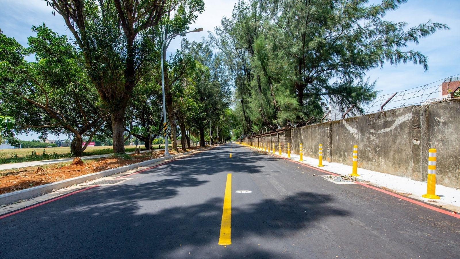 桃園「開瓶計畫」工程辦理加寬路肩、增設路燈並完善排水系統。圖/桃園市政府提供