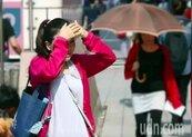 季風低壓將掃過台灣 吳德榮:周日起劇烈降雨