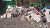 社區資源回收站遭亂丟垃圾10年 裝監視器抓汙染開罰