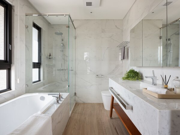 一間好的浴室具備多項條件,其中主浴至少要有2.5坪。圖/盧淑媛提供