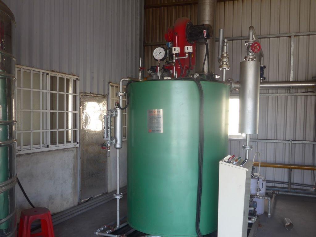 經輔導後,清水染整廠全面使用燃氣發電。圖/台中市環保局提供