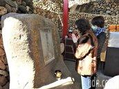 百年石碑土地公討廟住 地主砸千萬打造元寶廟
