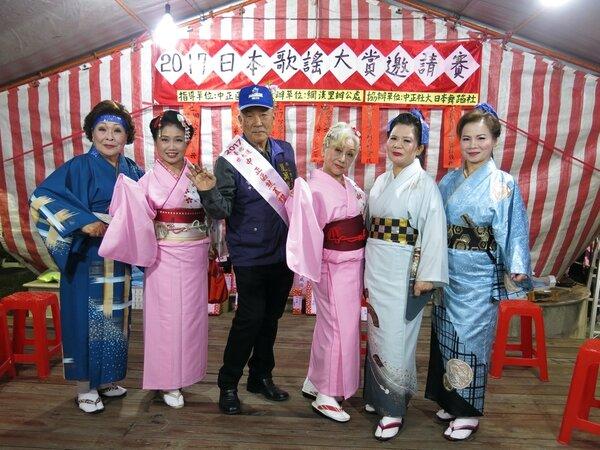 網溪里櫻花季日本歌謠比賽吸引許多里民參與。圖/擷自臺北市鄰里服務網
