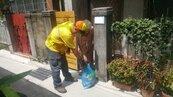北市首創為獨居、行動不便長者到府收垃圾 2.5萬人次受惠