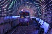 深澳RailBike耶誕奇幻之旅 河豚雪橇、七彩星光超驚豔!