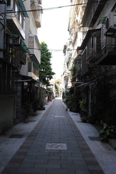 經過美化的後巷。張愷丰/攝