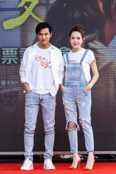 邱澤(左)、許瑋甯(右)出席「當男人戀愛時」謝票記者會,許瑋甯在爆發婚變傳言後,首度證實已與男友劉又年分手。圖/金盞花大影業提供