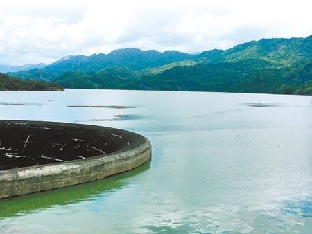 台南山區頻有陣雨,南化水庫蓄水率從5月30日的7.97%升至18日傍晚的86.89%。圖/中時資料照