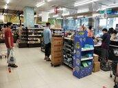 高市加強稽查賣場、超市 籲利用平日分流採購減少群聚