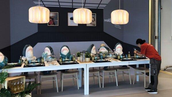 IKEA內湖店二樓的景觀餐廳有430個座位。(圖/張哲生提供)