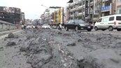 扯!砂石車沿路狂「拉屎」 彰化市中央陸橋成爛泥巴路