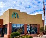 麥當勞全球唯一「藍色拱門」成熱門打卡景點 神奇理由曝光