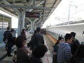 颱風季節到 台鐵籲做好覆蓋物固定 以免影響行車安全