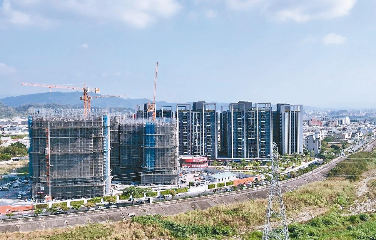 總太地產在台中市北屯造鎮案「心之所向」,基地位於環太東路,開發面積逾1.1萬坪,被視為市場指標。 記者宋健生/攝影