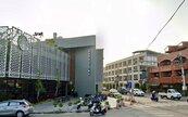 台南佳里有大潤發、星巴克也開了!吸麻豆、西港人:總價500萬買房