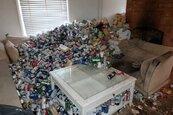 房客1年沒繳租還留「8千啤酒罐+1浴缸糞便」 他清理吐了20次