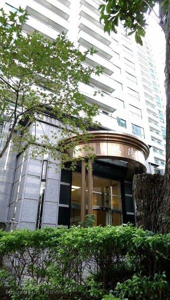 2.在台砸下億元替家人買下新店「江陵春」。