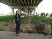 烏日九德里環中路橋下 上千坪空地髒亂不堪