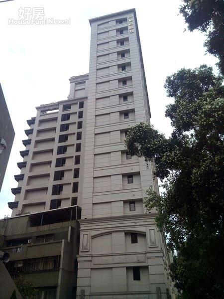 3「頂高麗景」也是「幕府十六」旁小有名氣的知名大樓。