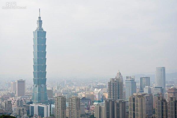 101大樓與信義區房市俯瞰情境圖。(好房網News記者 陳韋帆/攝影)