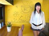 女企業家豪宅區開咖啡館 天使塗鴉吸頂級客