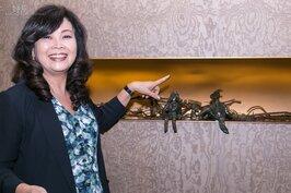 熱愛藝術的張麗莉董事長,不僅收藏藝術品、贊助藝術家,甚至自己也創作。