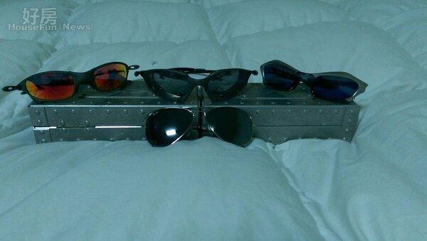 6.曹景俊鍾情於墨鏡,除了收藏了Oakley、羅密歐&茱麗葉對鏡…等經典款,甚至還有出自於空中飛人Michael Jordan親手設計的限定款。