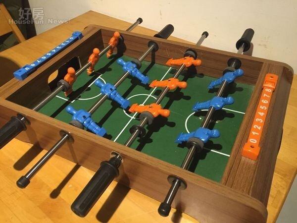 8.大小朋友可以玩的手足球遊戲盤。