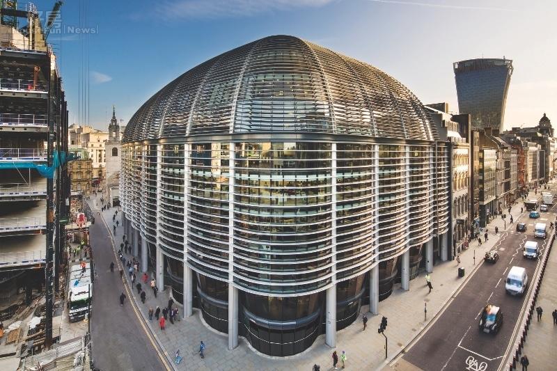 國泰人壽買下倫敦市頂級商辦「THE WALBROOK BUILDING」,別具指標意義。(世邦魏理仕提供)