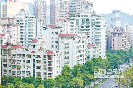 打到誰?行政院13日審查通過房地合一稅草案,圖為台北市信義區住宅。(杜宜諳攝)