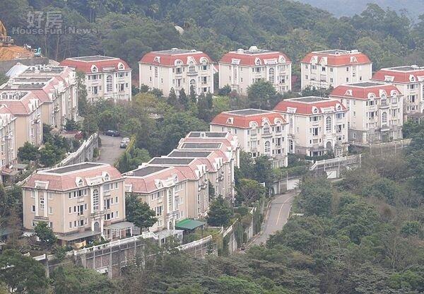 3一望無際的美景,讓大台北華城擁有獨一無二視野。