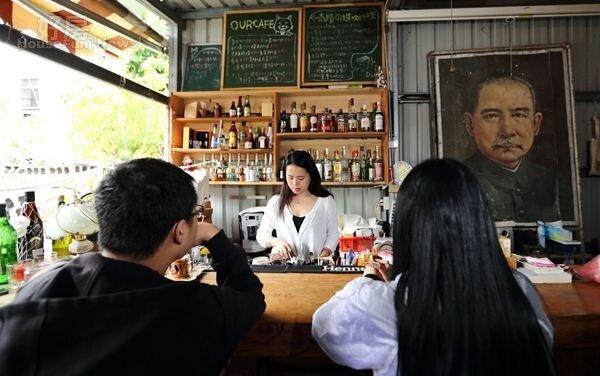 10.在這兒用才華和來自全世界的朋友交流,是「Our老房子咖啡屋」迷人的所在。